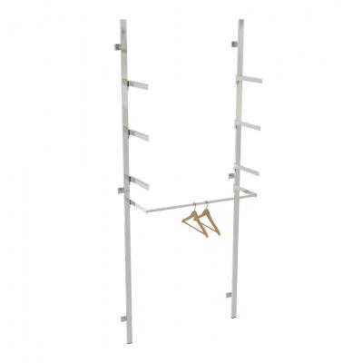 2621A - Soluzione a parete aderente al muro, completa, con 1 barra appenderia e 3 coppie mensole per ripiani (ripiani esclusi).