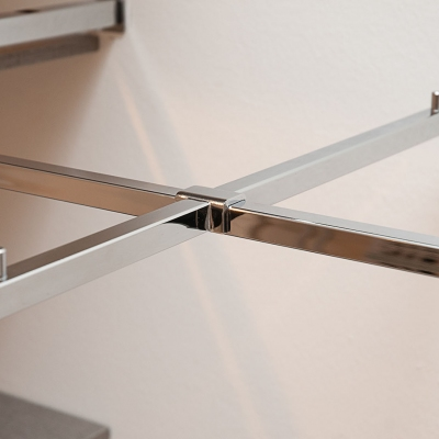 9662 - Braccio espositivo dritto a scavalco con attacco tubo 15x15 mm.